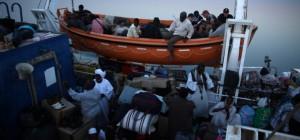 Met de boot van Aswan (Egypte) naar Wadi Halfa (Soedan)