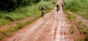 Wederom de modder in, deze keer door de regen